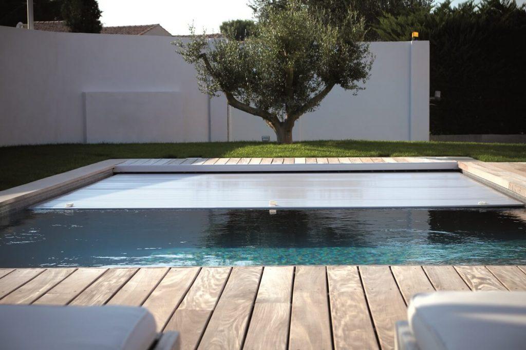 Réalisation d'une piscine creusée en inox en Vendée